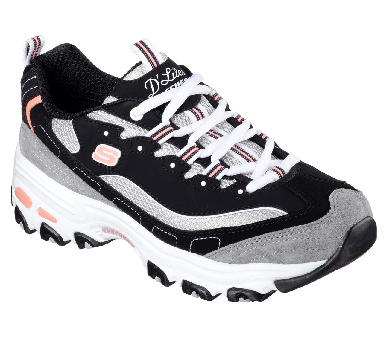 Wide Sketcher Golf Shoes
