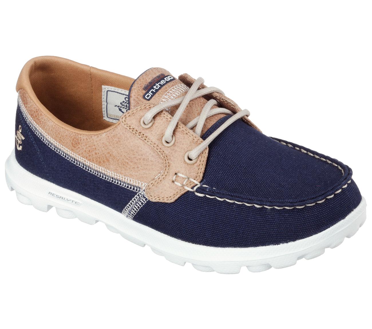 Ladies Wide Fit Boat Shoe
