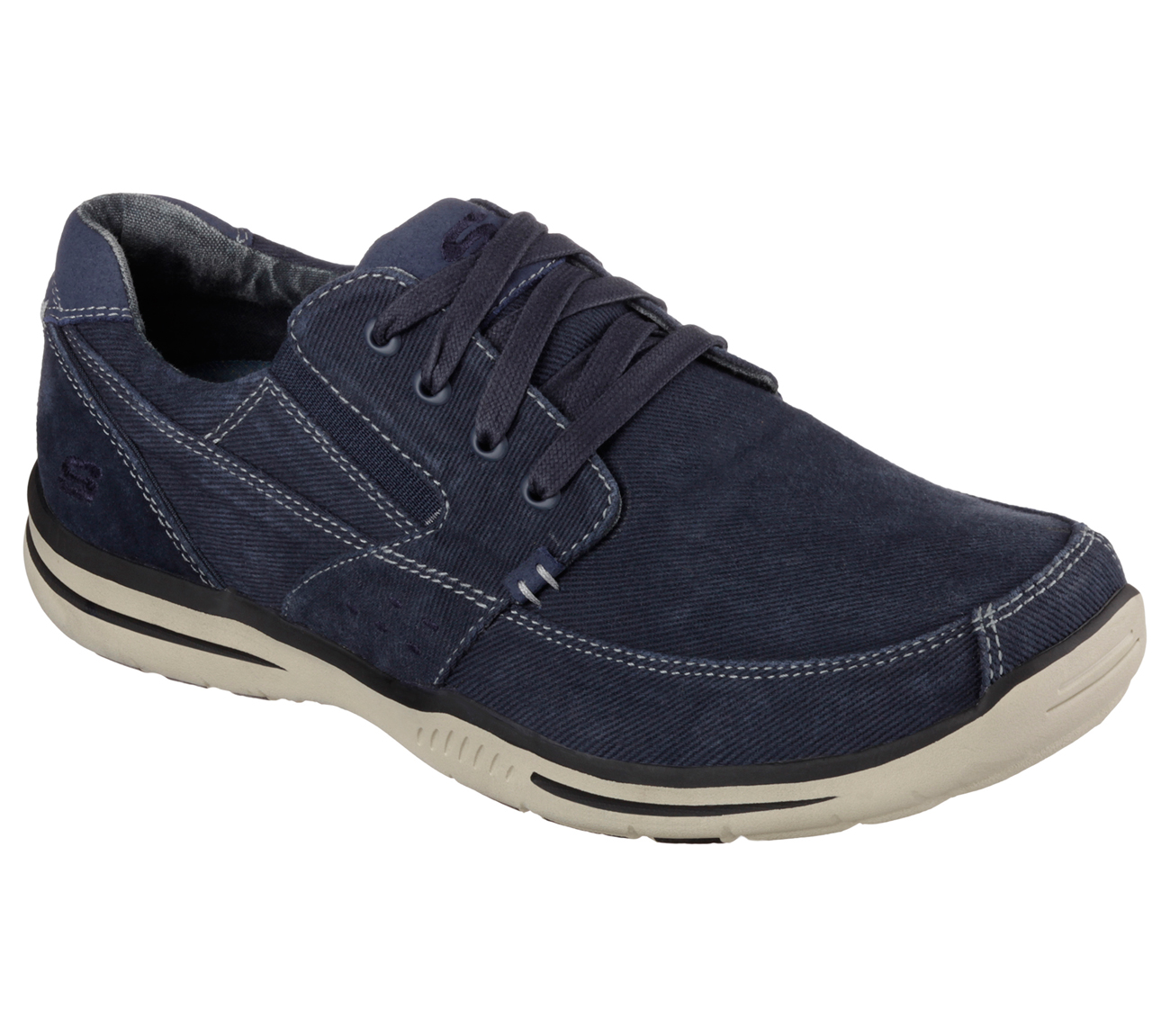 Walmart Canada carries a wide selection of shoes for men, women and kids. You'll find brand favourites and a variety of styles at great prices.